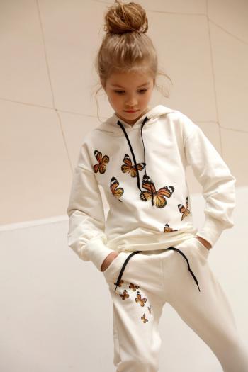 Kremowy dres w motylki