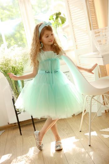 Miętowa sukienka z tiulu