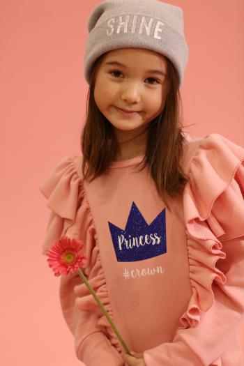 Różowa bluza z falbankami