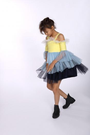 Sukienka z delikatnej siatki